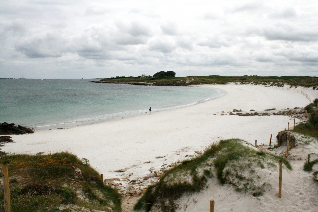 Der weiße Strand von Plougouri