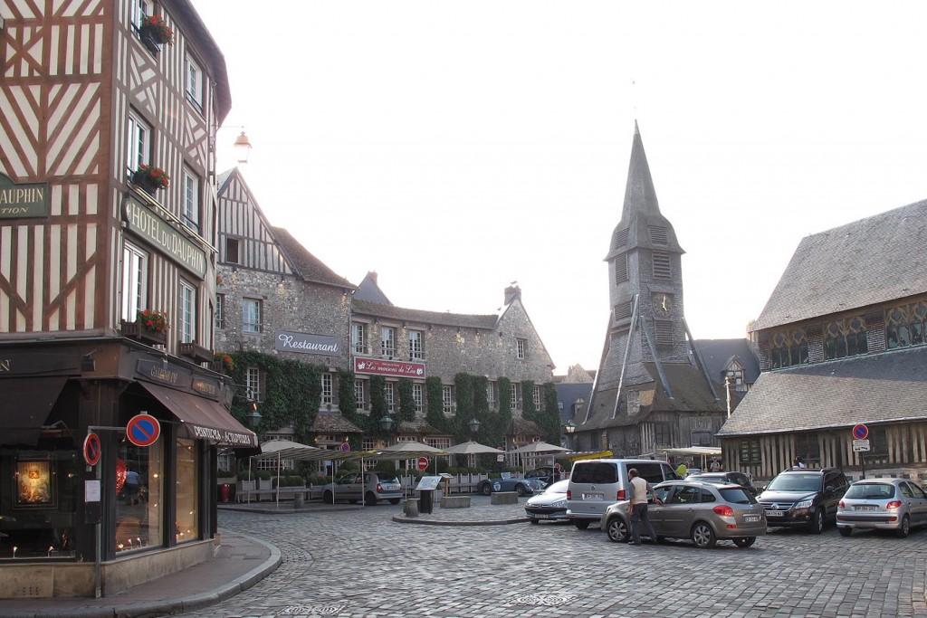 Die Holzkirche Ste Catherine